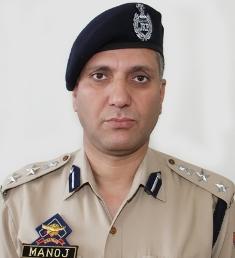 61 Police Officers / Officials get Sher-i-Kashmir Police Medal for